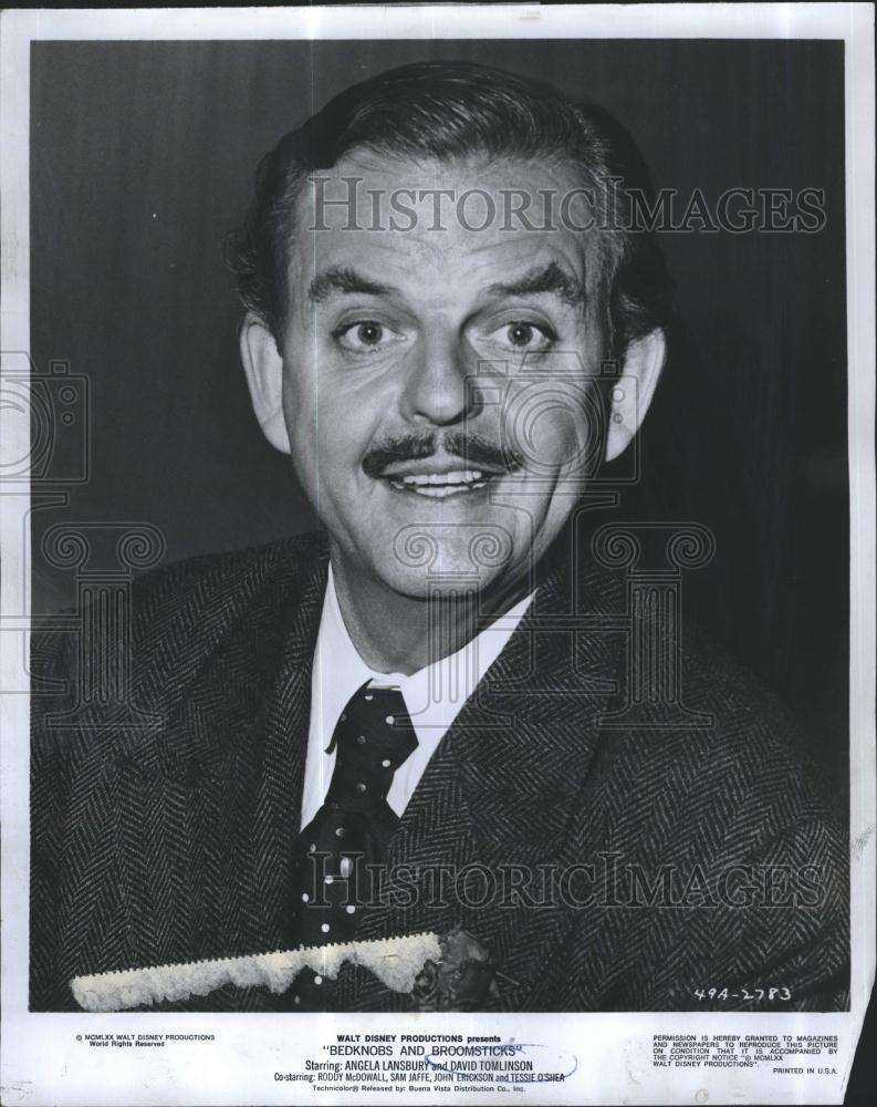 David Tomlinson - photos, news, filmography, quotes and ...