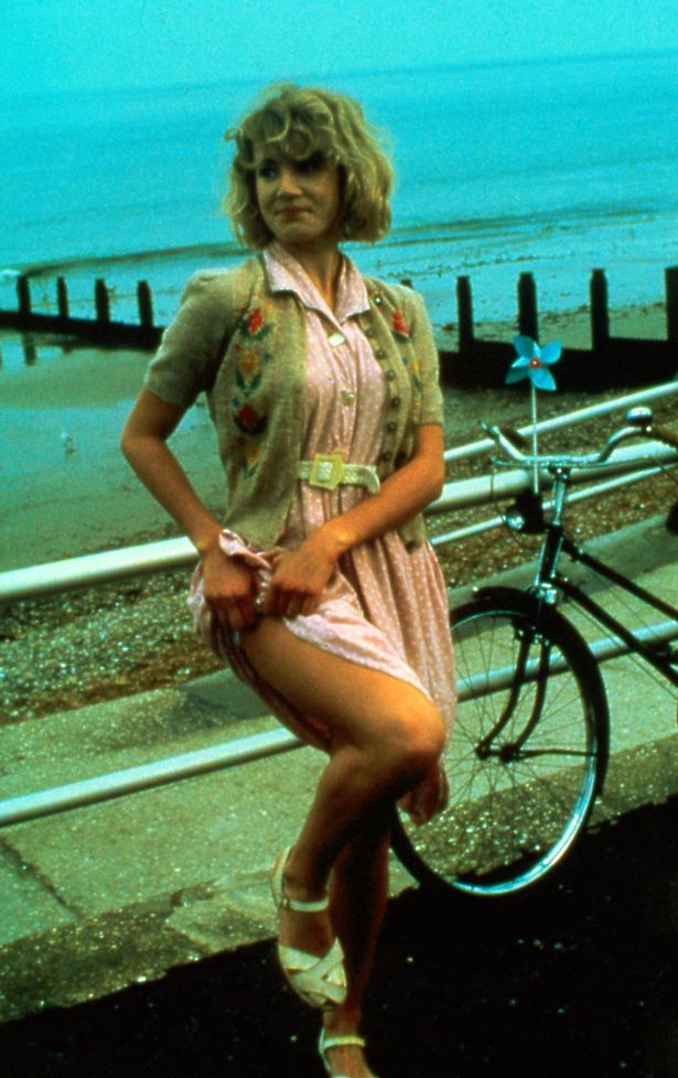 emily lloyd   photos news filmography quotes and facts
