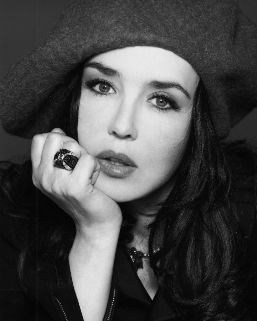 isabelle adjani photos news filmography quotes and facts celebs journal. Black Bedroom Furniture Sets. Home Design Ideas