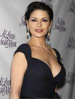 Catherine Zeta-Jones rekindles relationship with husband Michael Douglas