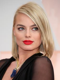 Margot Robbie, a successful young actress