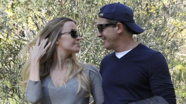 Antonio Banderas displays his love for Nicole Kimpel by walking hand in hand around Chelsea