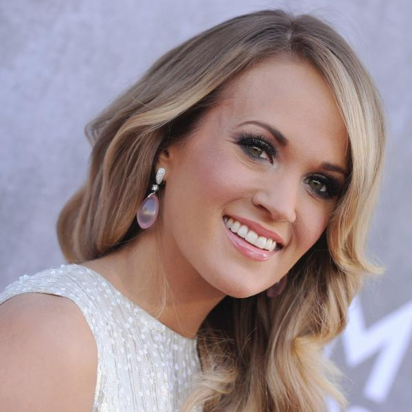 CARRIE UNDERWOOD BECOMES THE SENSATIONAL VOICE